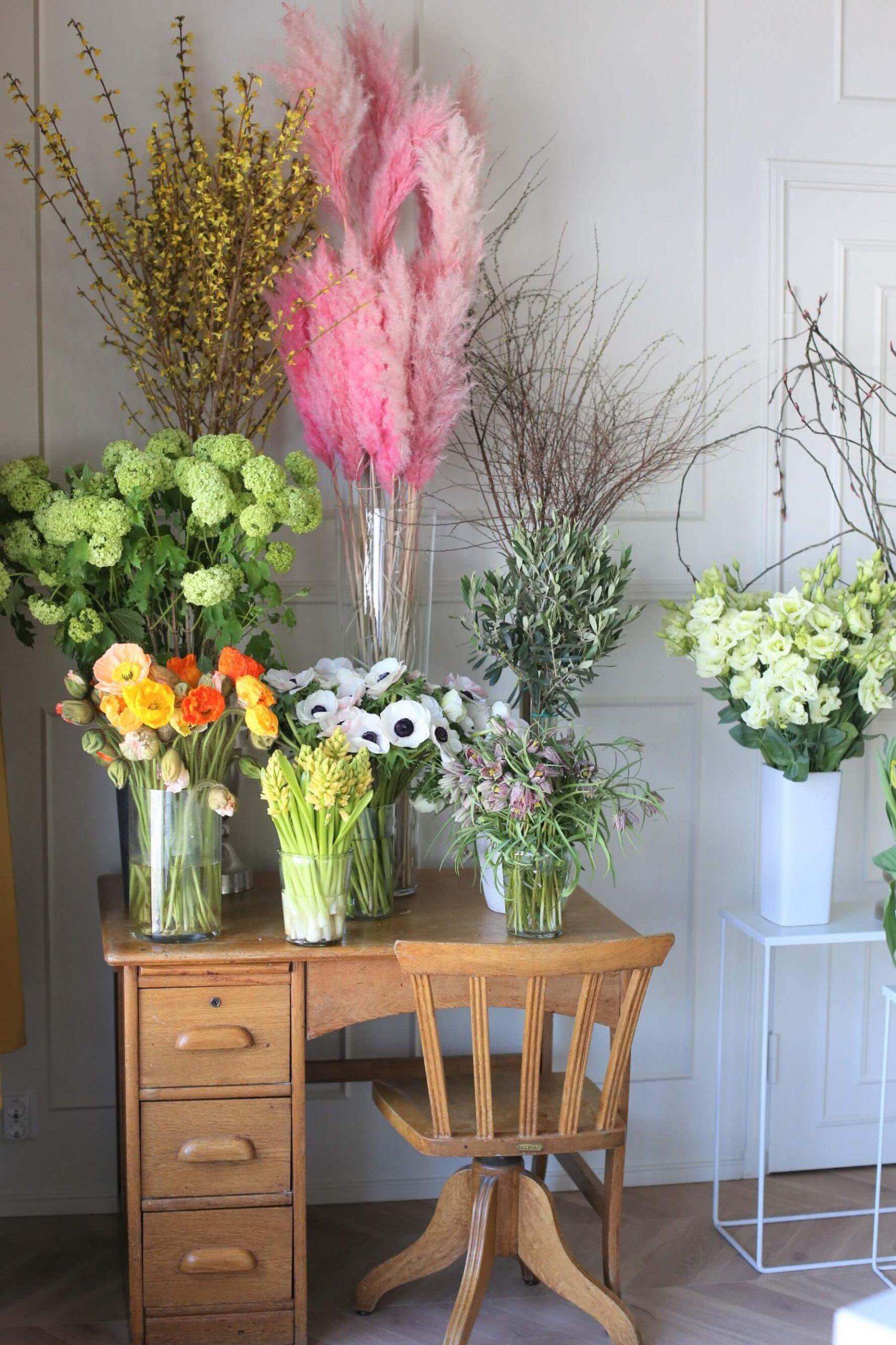 Kukkakoulumme viihtyisät tilat toimivat myös kuvauspaikkanamme usein.